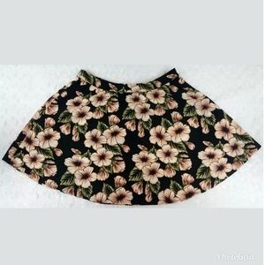 Forever 21 Black with Cream Floral Flowy Skirt